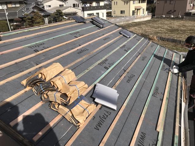大和郡山市の瓦桟木設置後いぶし瓦準備