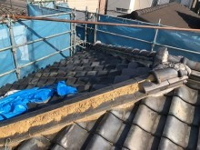 和瓦屋根の棟瓦の剥がれ