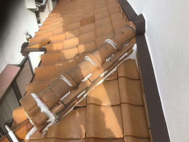 平群町で下屋根の工事前