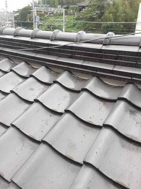 葛城市で大屋根の棟の漆喰塗り直し