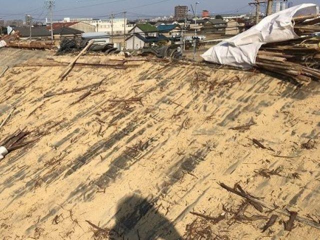 香芝市の和瓦屋根の片面撤去