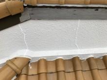 壁際の瓦モルタル補修