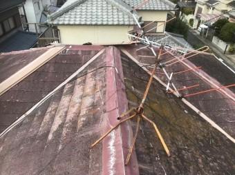 田原本町で棟板金が剥がれたカラーベスト大屋根ト大屋根