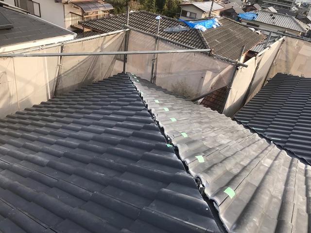 大屋根にスレート瓦設置