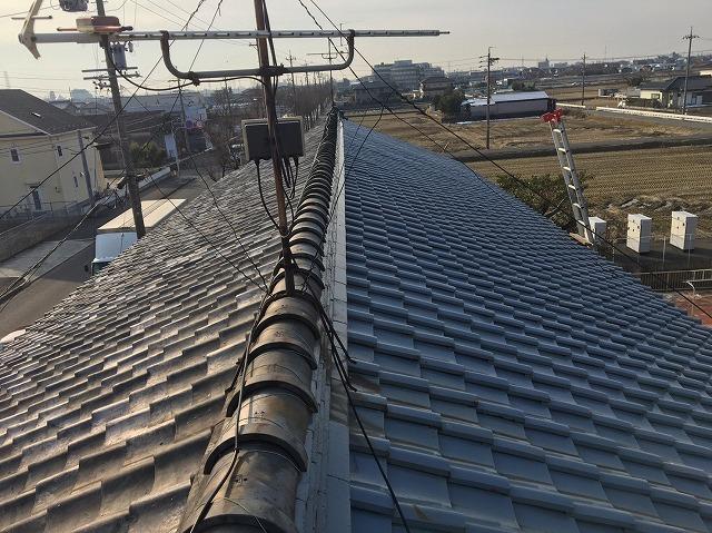 香芝市の片面だけ葺き替えた和瓦屋根の無料点検