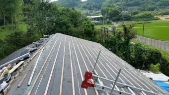 桟木を取り付けた屋根