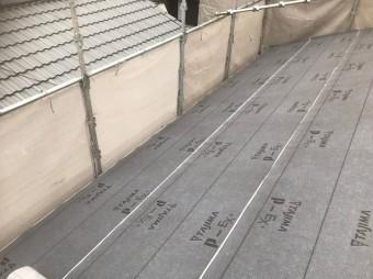 生駒市で下葺き材(防水紙)の取り付け