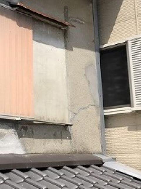 大和郡山市の外壁のひび割れた箇所