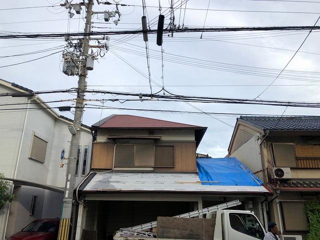 下屋根のカラーベスト