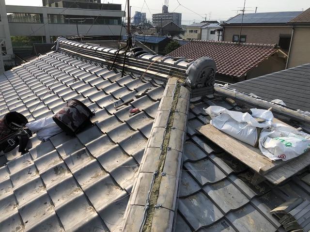 天理市 雨漏りの瓦屋根 熨斗瓦積み直し