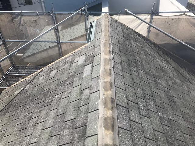 天理市のカバー工法で棟瓦を撤去