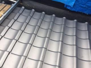 屋根面の瓦葺き直し