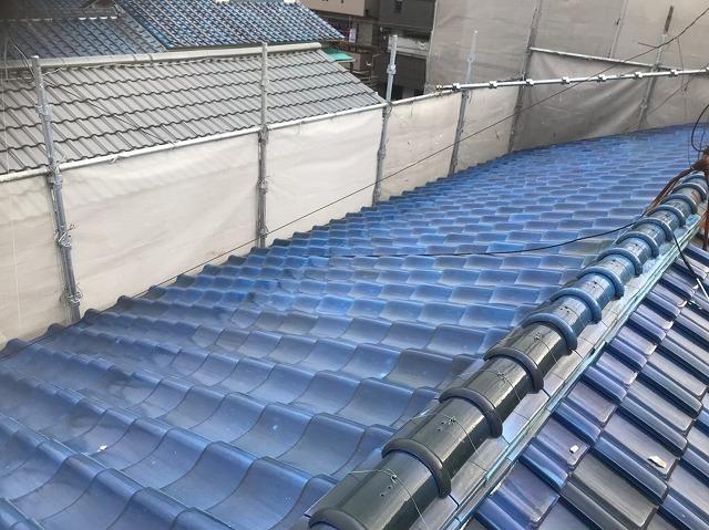 生駒市で三角屋根横から見た様子