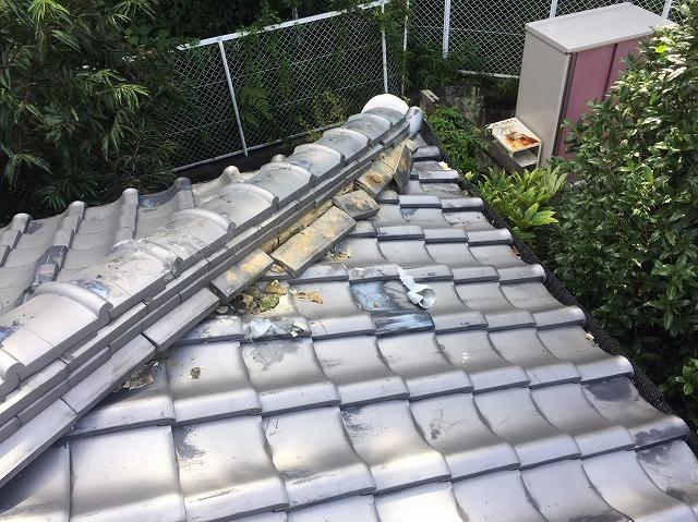 御所市の瓦屋根の無料点検、隅棟