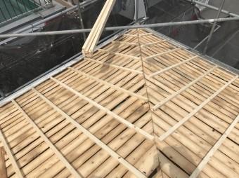 屋根のかさ上げ下地調整