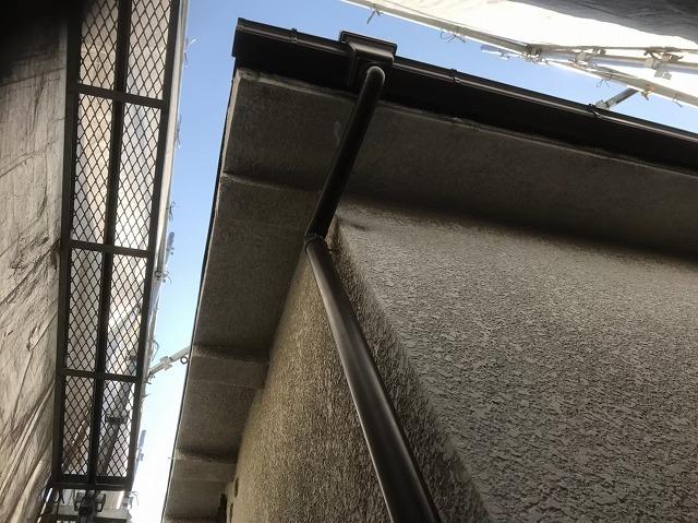生駒市で雨樋交換の工事