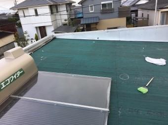 波板を剥がした屋根