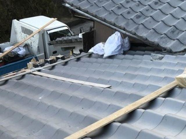 大和郡山市で屋根にいぶし瓦を設置
