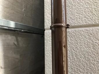 奈良市の住宅の雨樋、塗装完成