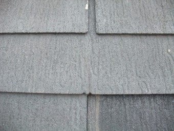 風災にあった屋根の様子