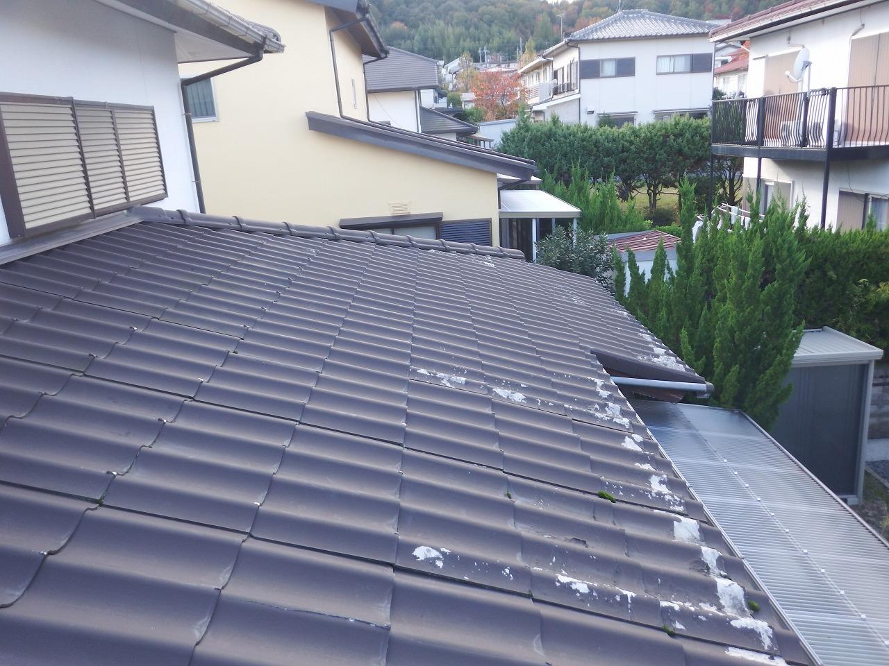 生駒市で『セキスイかわらU』の下屋根の葺き替え工事を紹介します