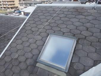 屋根の天窓付近の様子