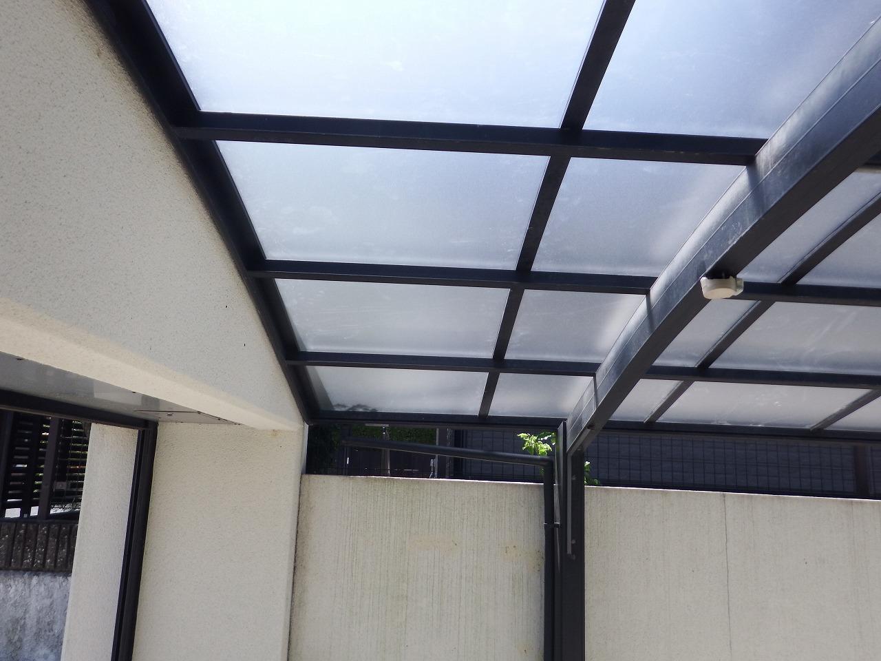 生駒市のポリカーボネート製のカーポート屋根
