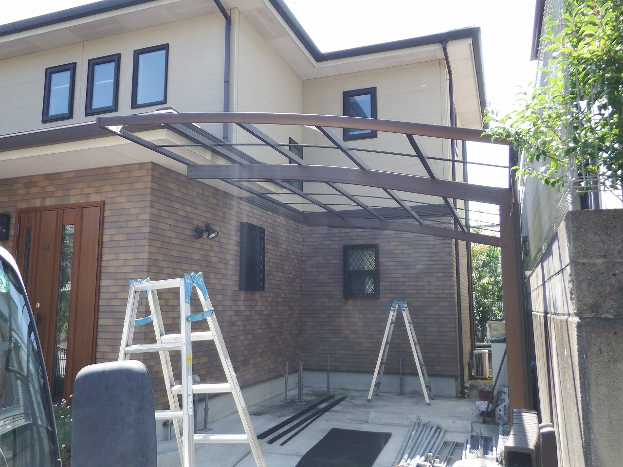 生駒市の塗装工事、カーポート屋根撤去