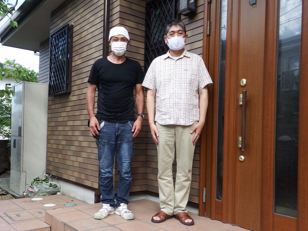 生駒市で屋根材の破損を発見、屋根と外壁の塗装をされたお客様の声