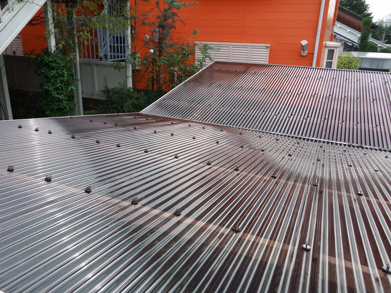 奈良市でカーポートの波板屋根の完成