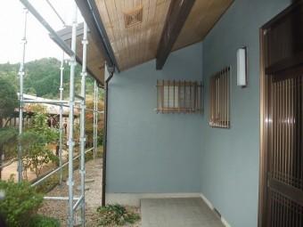 玄関横の雨樋交換