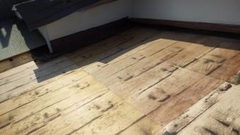 古い野地板