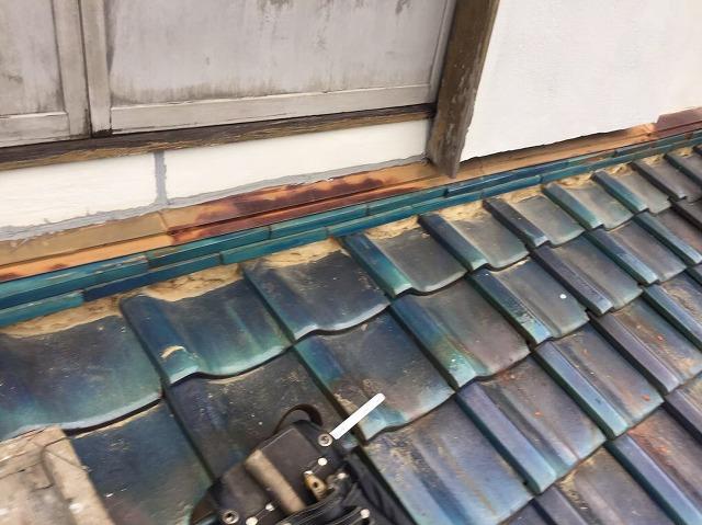下屋根の取り合い部分漆喰