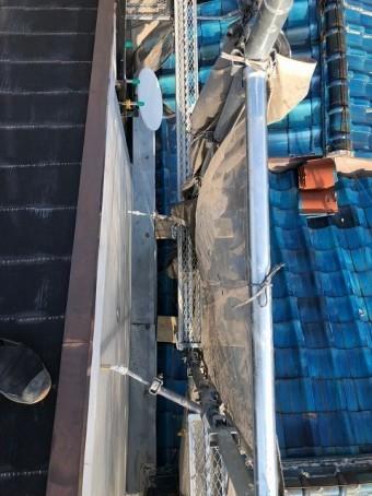奈良市のカラーベスト屋根工事の足場のアンカー