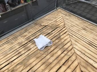 瓦を撤去した屋根の様子