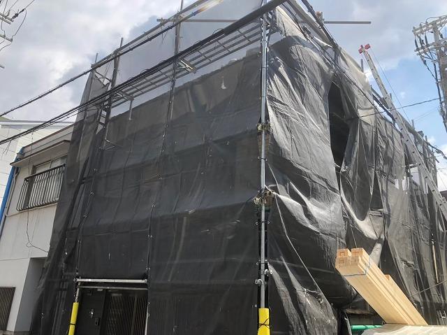奈良市の雨漏り修理の足場組立