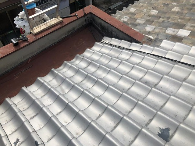 奈良市で瓦・トタンの屋根、パラペット、外壁の無料点検を行いました