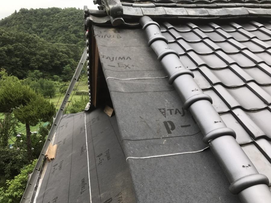 ルーフィングを張った屋根の様子