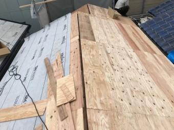 平群町 防水紙設置作業