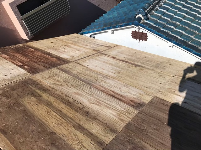 野地板の増し張り構造用合板