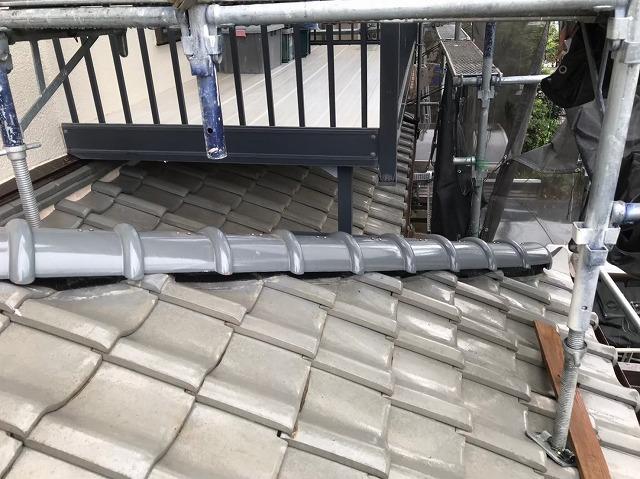 生駒市の下屋根の棟瓦積み直し完成