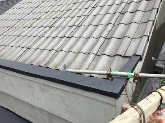 屋根の笠木の張り替え