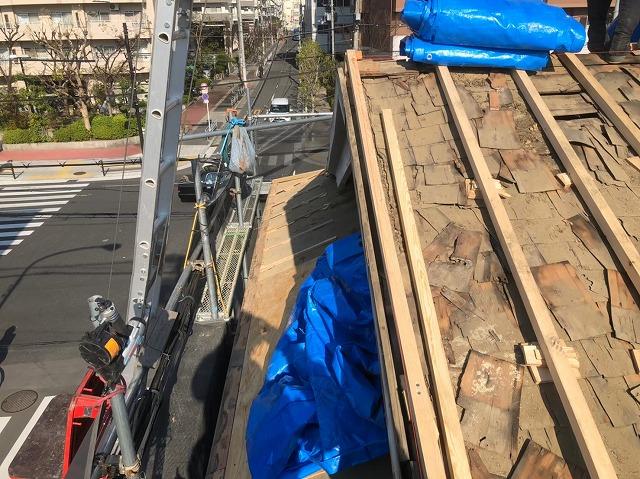 奈良市の屋根葺き替え工事での野地板の増し張り
