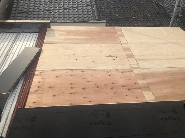 構造用合板で増し張り