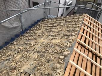 土葺きの撤去で見えてきた野地板