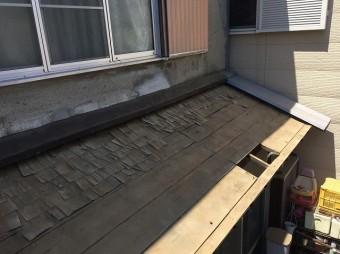 瓦を撤去した下屋根
