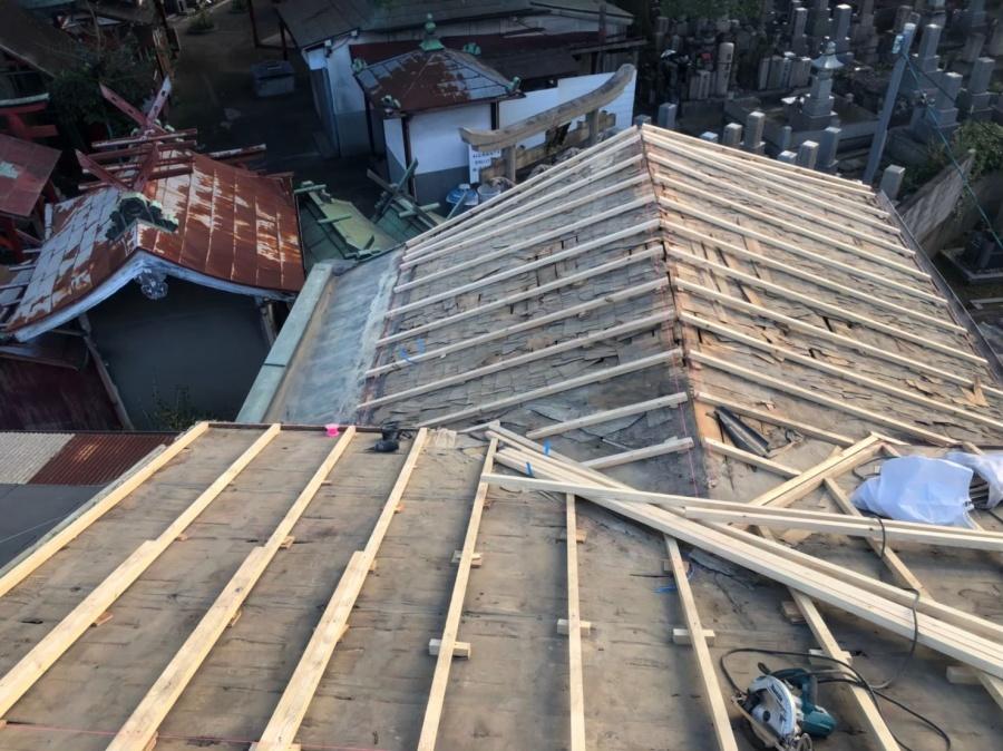 奈良市の老朽化した瓦屋根の不陸調整