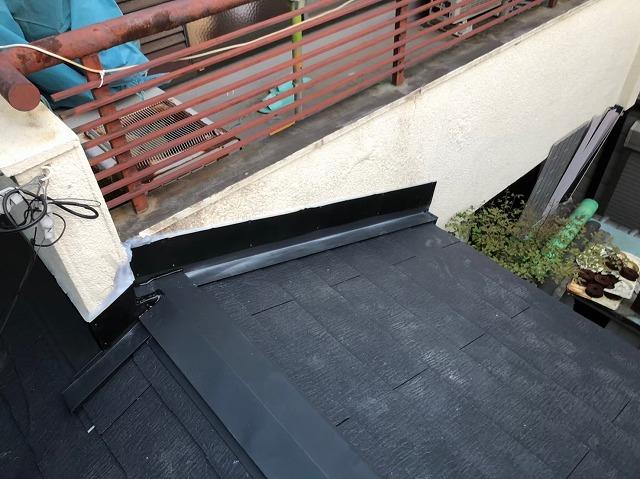 玄関ポーチの葺き替え工事