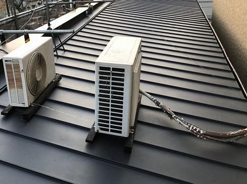 奈良市 店舗の屋根 立平葺きガルバ設置