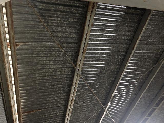 王寺町のスレート波板室内の鉄骨点検